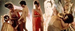 [Film – Critique] Caligula (Tinto Brass) : le péplum en version longue, entre pornographie et justesse historique