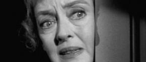 [Film – Critique] Chut, chut, chère Charlotte (1964) de Robert Aldrich: Bette Davis Vs. Olivia de Havilland