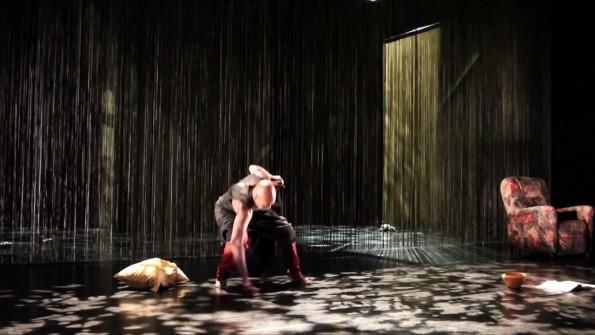 [Danse – Critique] A un endroit du début de Germain Acogny et Mikael Serre