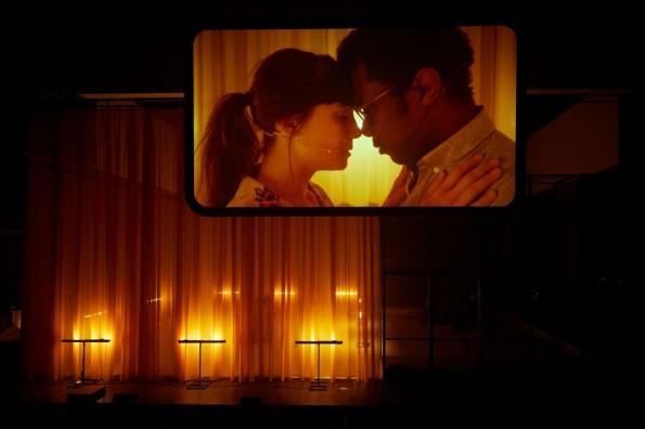 [Festival d'Avignon 2018 – Critique] Théâtre / Joueurs, Mao II, Les Noms / Julien Gosselin / Don DeLillo